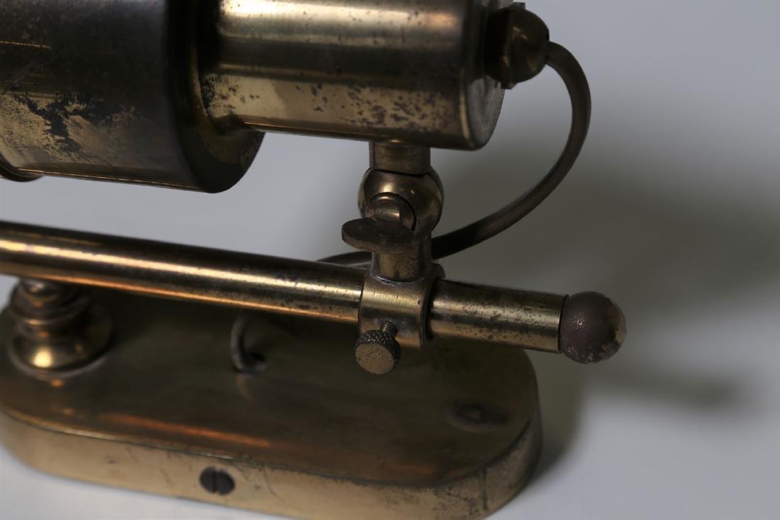 MANIFATTURA ITALIANA  Pair of brass wall lamps, 1950s. - 3