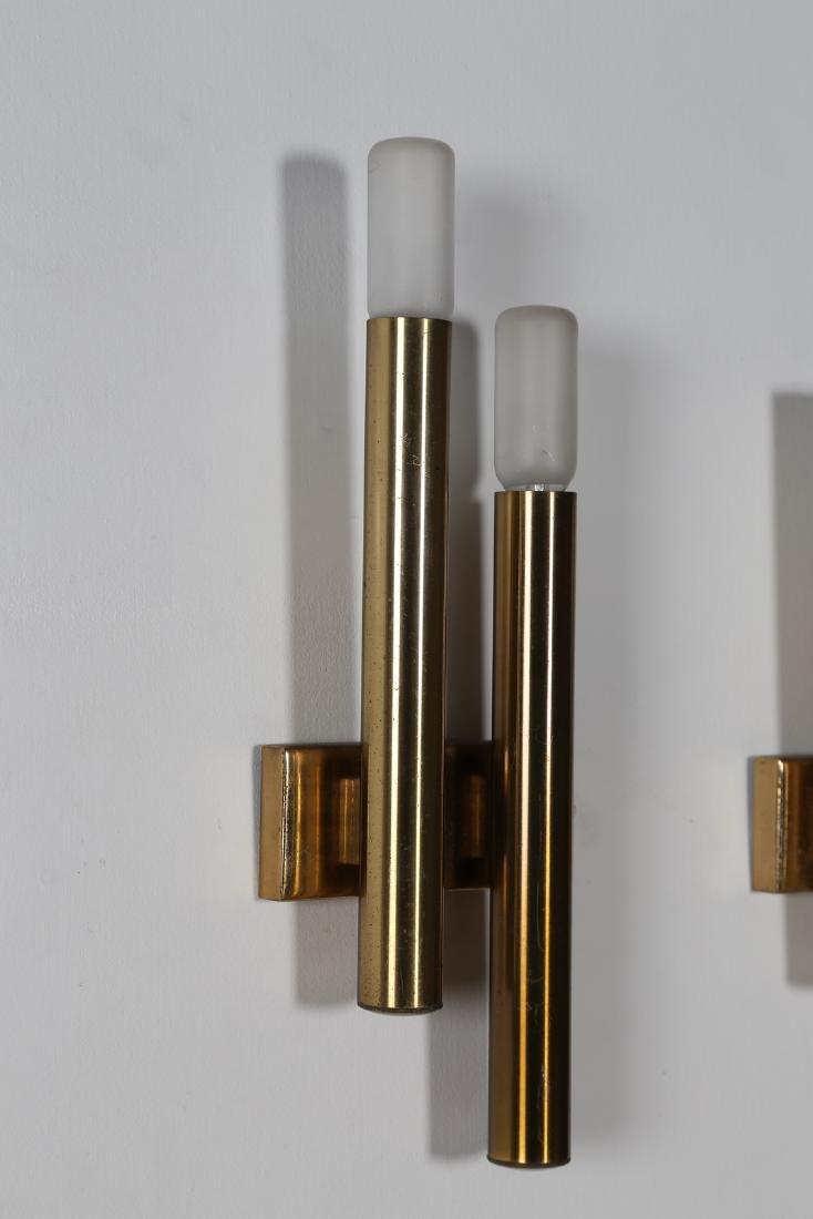 STILNOVO  Pair of brass wall lamps, 1960s. - 3