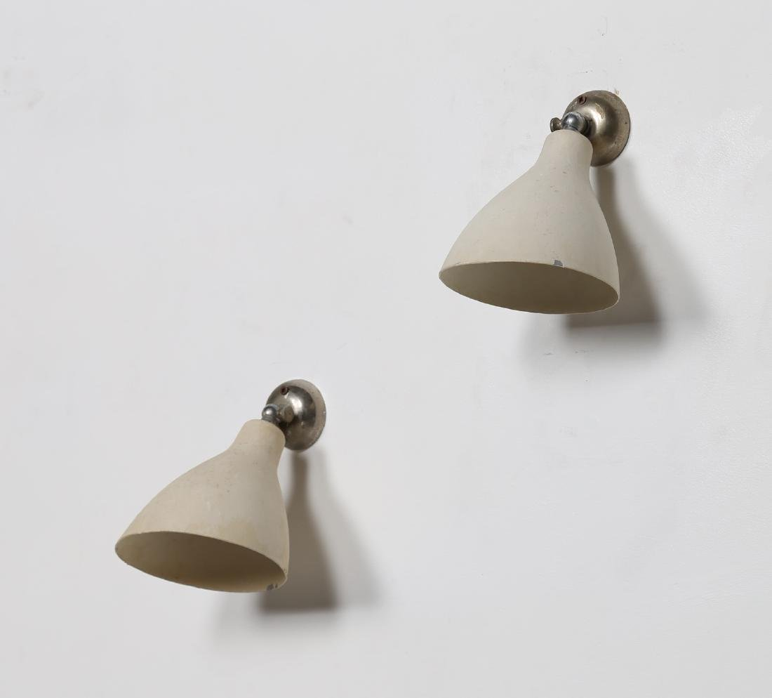 GINO SARFATTI Pair of wall lamps in lacquered, chromed