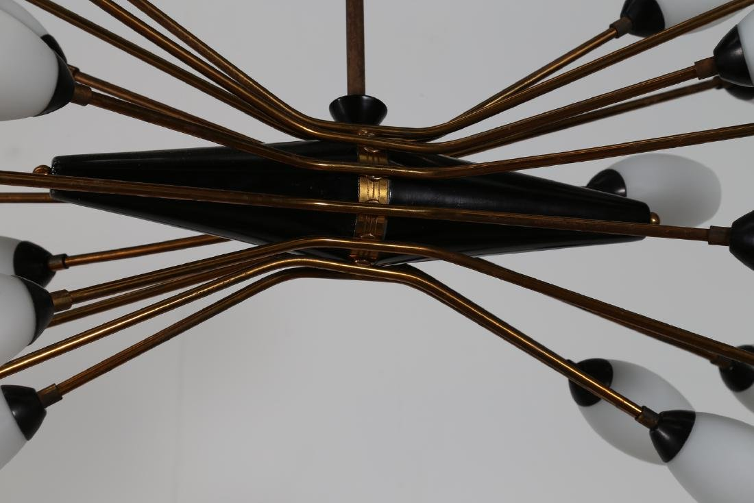 OSCAR TORLASCO Distinctive Chandelier in lacquered - 5