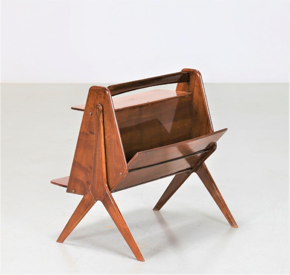 ICO PARISI Distinctive wooden magazine rack, 1950s.