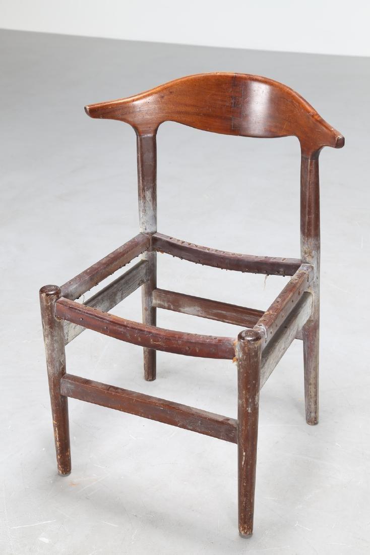 HANS J. WEGNER Distinctive wooden chair, 1950s. - 4
