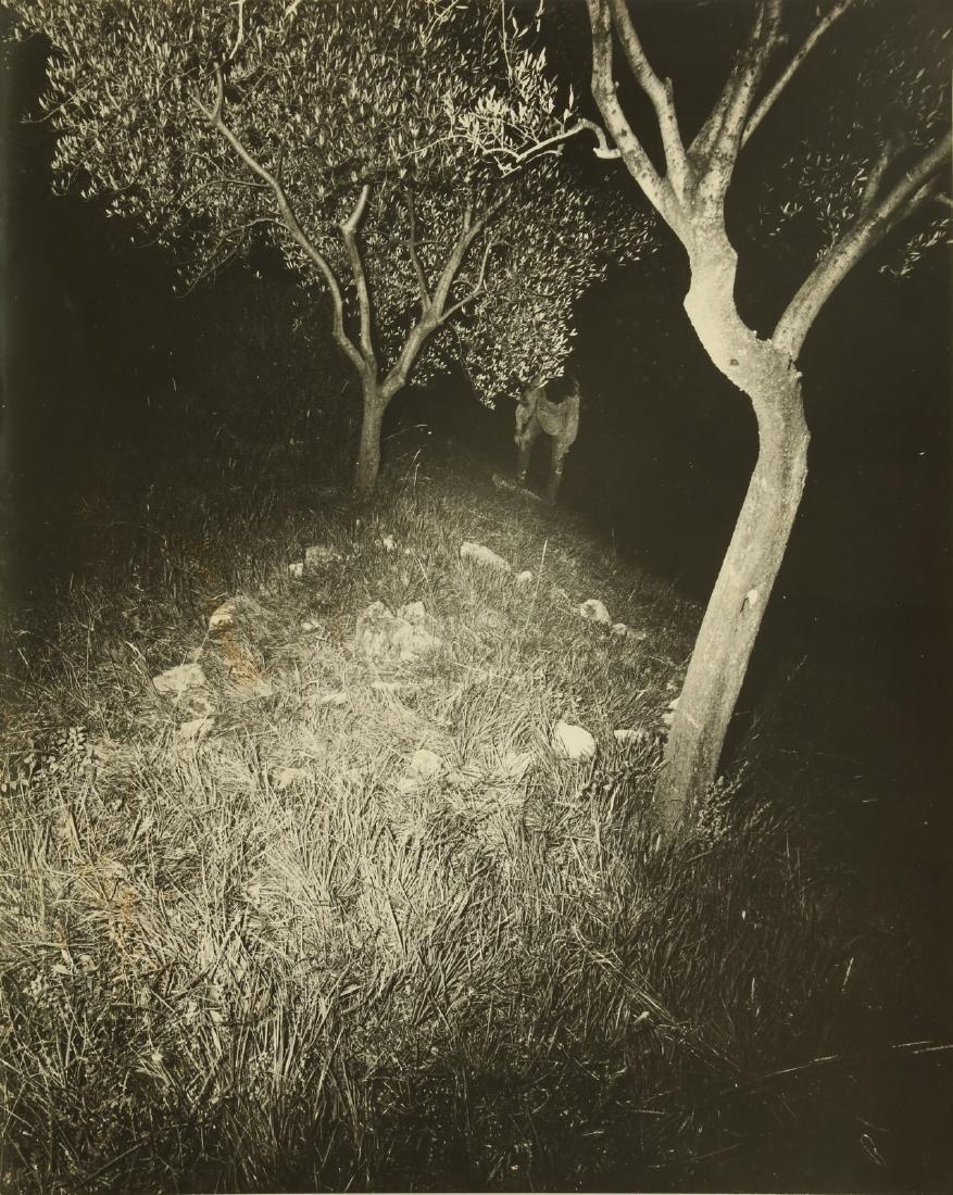 GEOFFREY HANDRICKS Lot composed of 5 photos. - 3