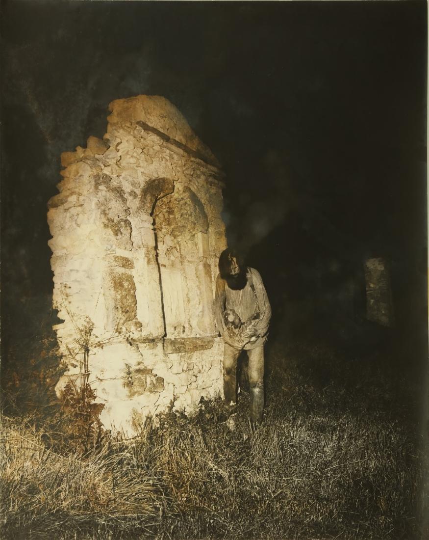 GEOFFREY HANDRICKS Lot composed of 5 photos. - 6