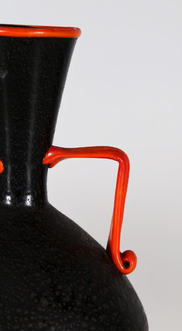 VETRERIE ARTISTICHE CIRILLO MASCHIO  Vase with handle. - 3