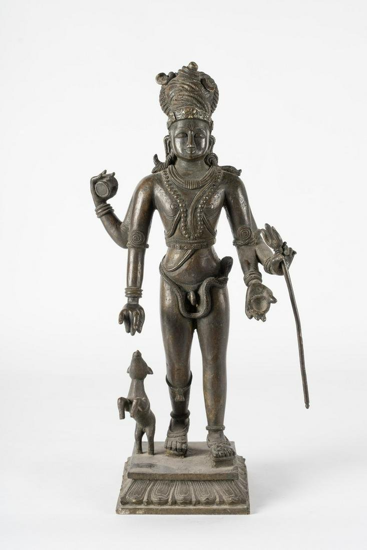 Arte Indiana  A large bronze figure of Bhairava Central