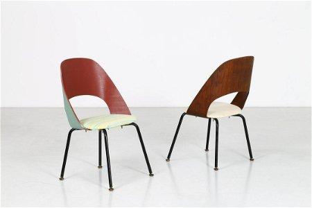 EERO SAARINEN Pair of armchairs.