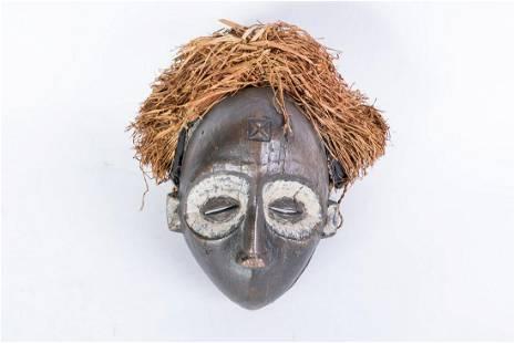Arte africana A zoomorphic mask ChokweAngola DR