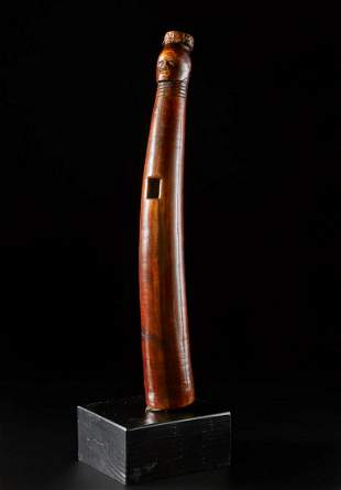 Arte africana  A fine oliphant (trumpet), IboRep.