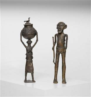 Arte africana  Group of bronze figures, AkanGhana.