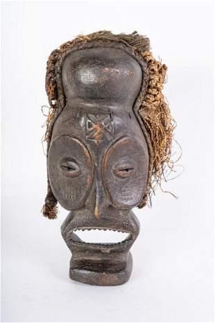 Arte africana Pwo mask, ChokweAngola.