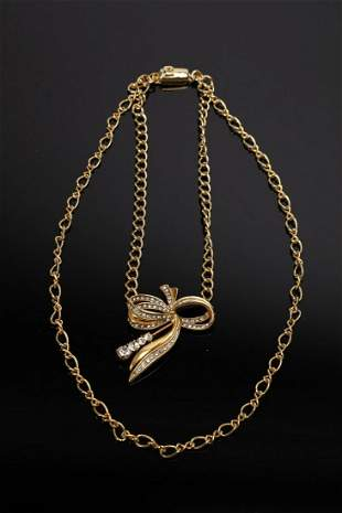 PIERRE CARDIN Double strand necklace, golden chain and