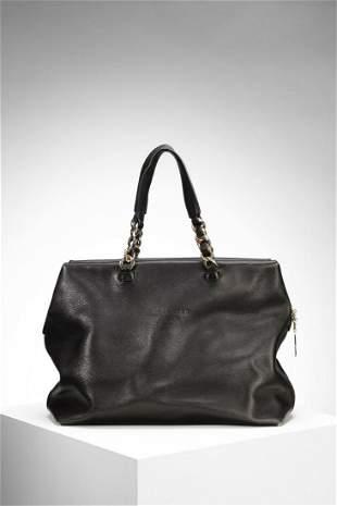ALEXANDER Black leather bag, inside pocket, gold