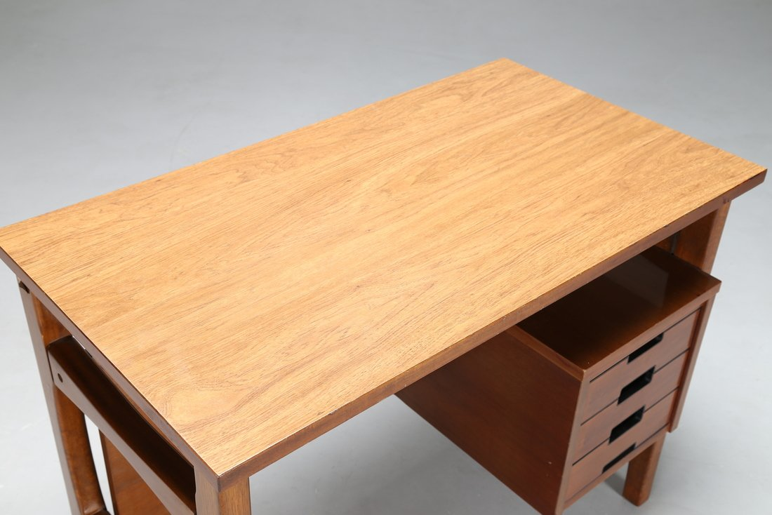 GIO' PONTI Scrittoio in legno, Prod. Schirolli,  anni - 2