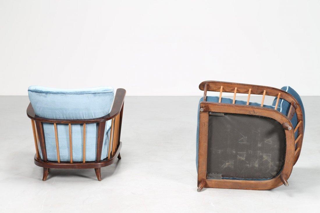 PAOLO BUFFA Coppia di poltrone in legno e velluto, anni - 3