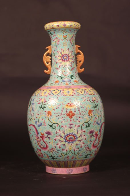 chinese vase feature arts of dragon in the garden
