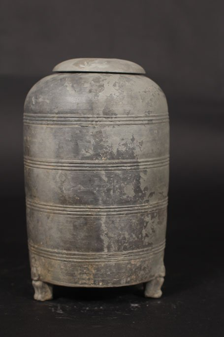 chinese ancient pot Han dynasty