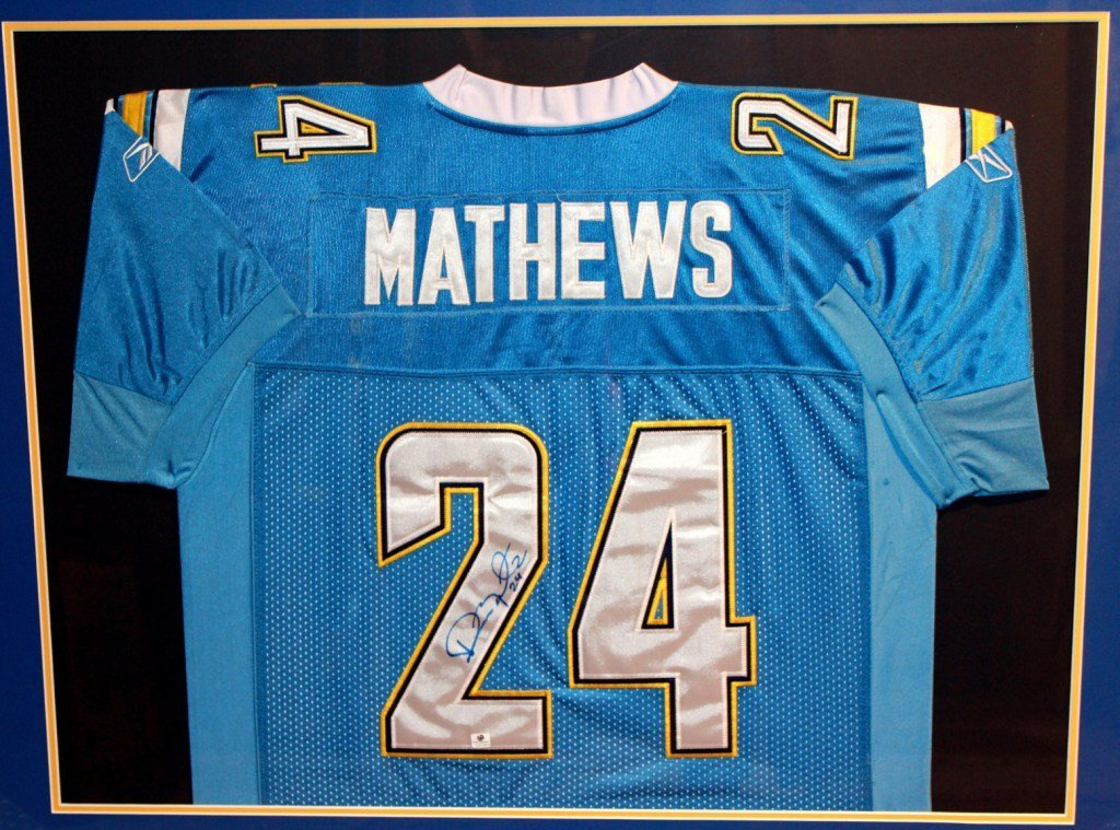 15: Ryan Matthews San Diego Chargers Signed Jersey COA