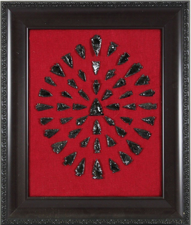 15: Black Arrowhead Picture / Indian Art