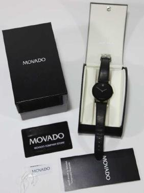 MOVADO MENS MUSEUM WATCH W/ BOX & PAPERS