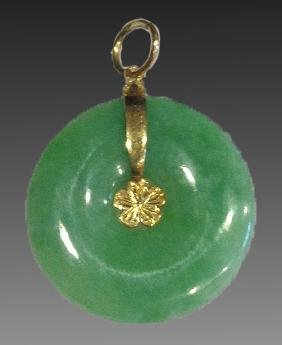 CHINESE ANTIQUE 14KYG & JADE PI PENDANT