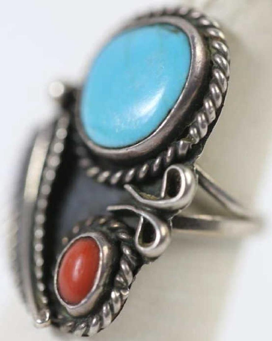 STERLING & TURQUOISE NATIVE AMERICAN RING
