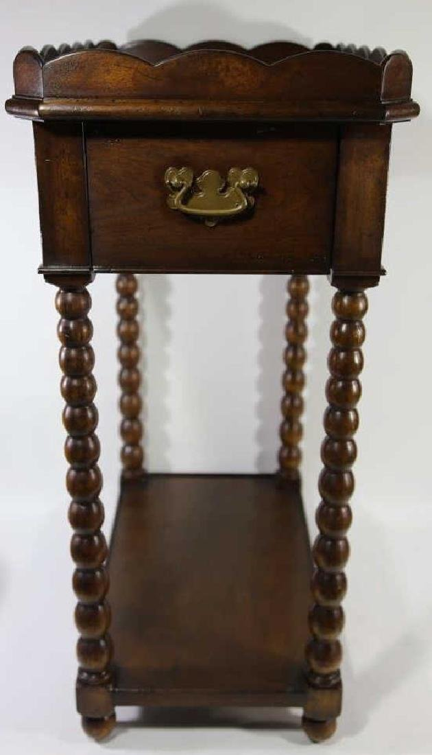 VINTAGE MAHOGANY SIDE TABLE - 3