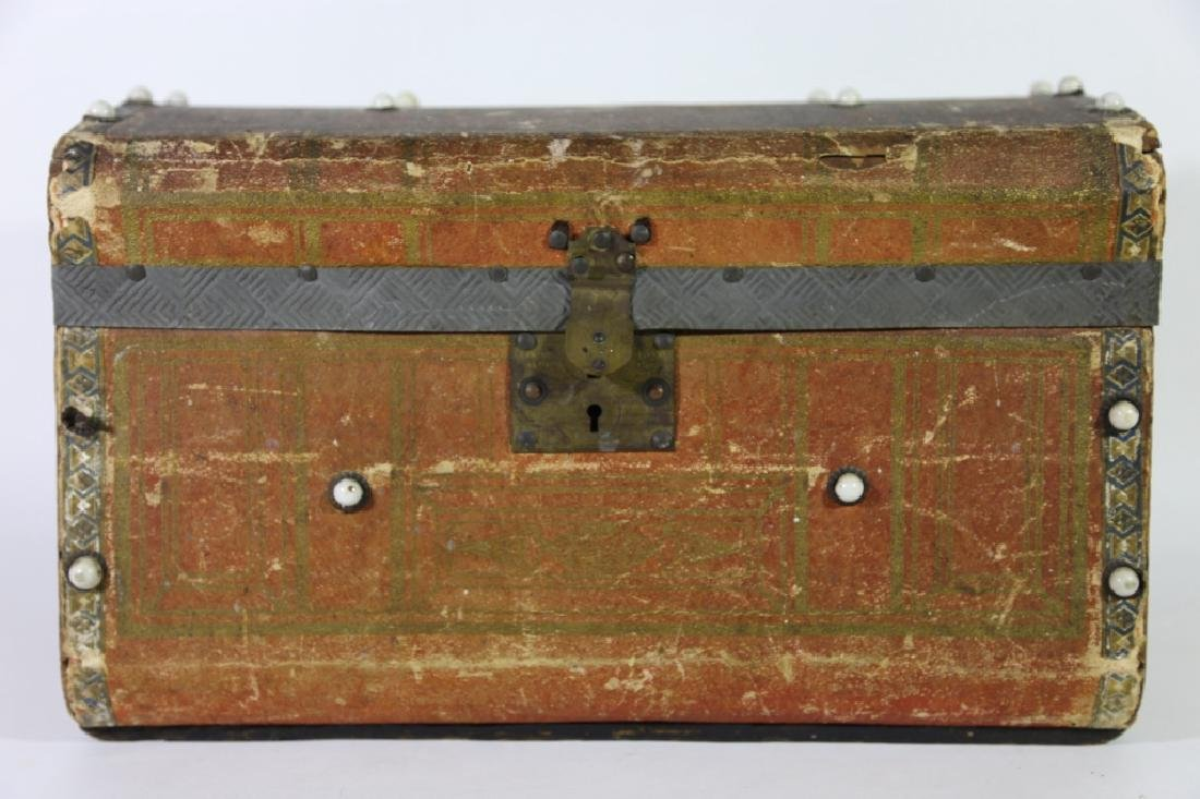 ANTIQUE DOME TOP PETITE TRUNK - 8