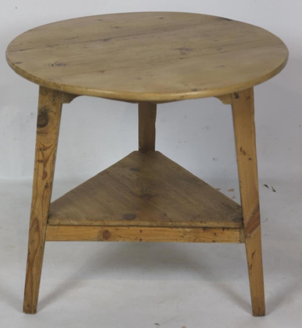 ANTIQUE SOUTHERN YELLOW PINE CRICKET TABLE