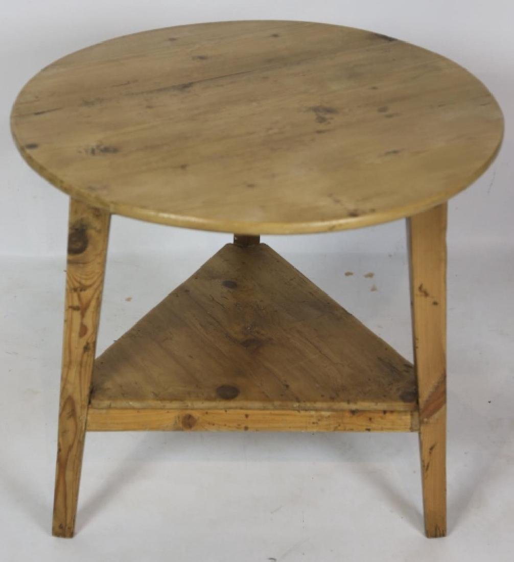 ANTIQUE SOUTHERN YELLOW PINE CRICKET TABLE - 2