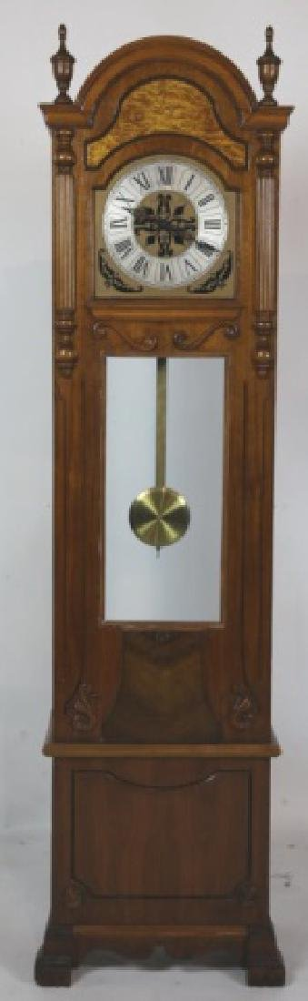 VINTAGE WALNUT GRANDMOTHER CASE CLOCK - 3