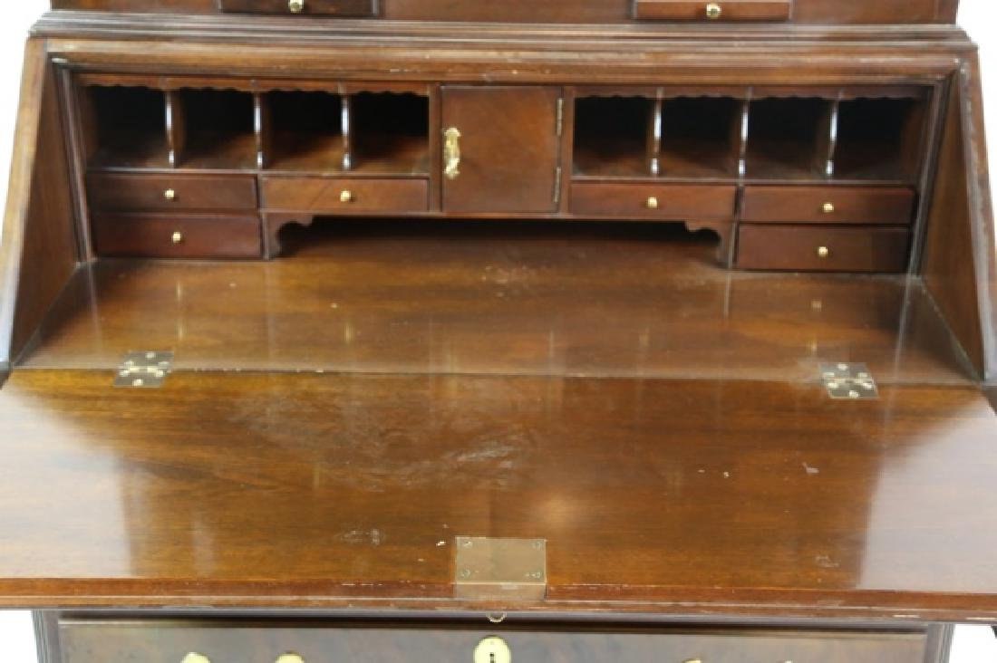 MAITLAND SMITH  SLANT FRONT BLIND SECRETAIRE - 8