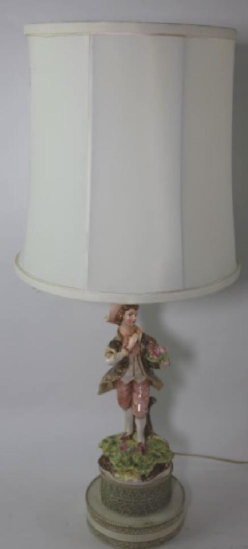 PORCELAIN FIGURAL VINTAGE LAMP