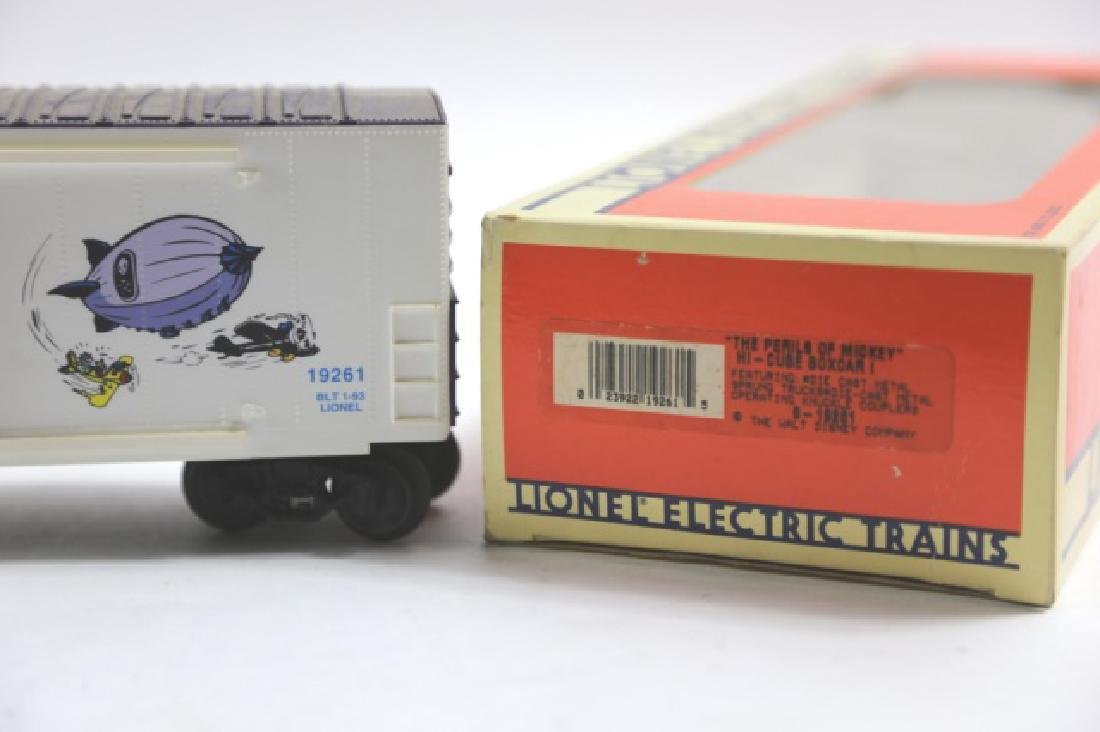 LIONEL MICKEY MOUSE MAIL PILOT BOXCAR 19261 - 4