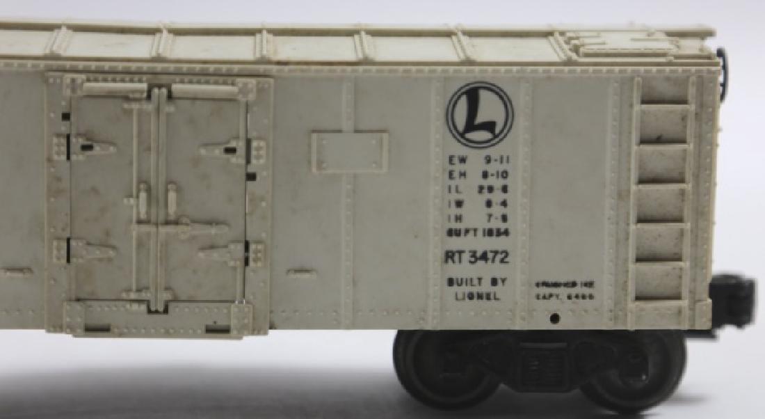 LIONEL VINTAGE AUTOMATIC REFRIGERATION STOCK CAR - 4