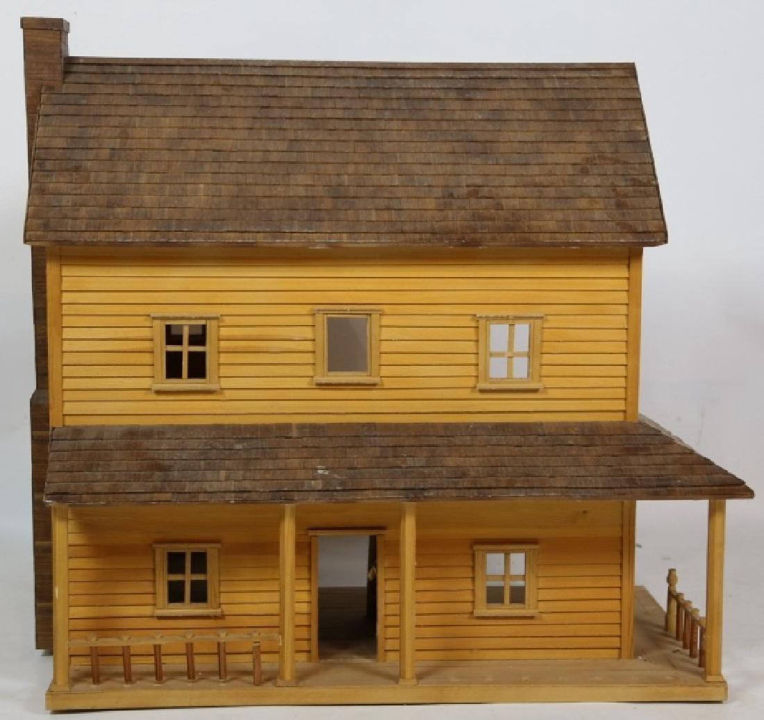 VERY FINE CUSTOM PLAY / DOLL HOUSE - 2
