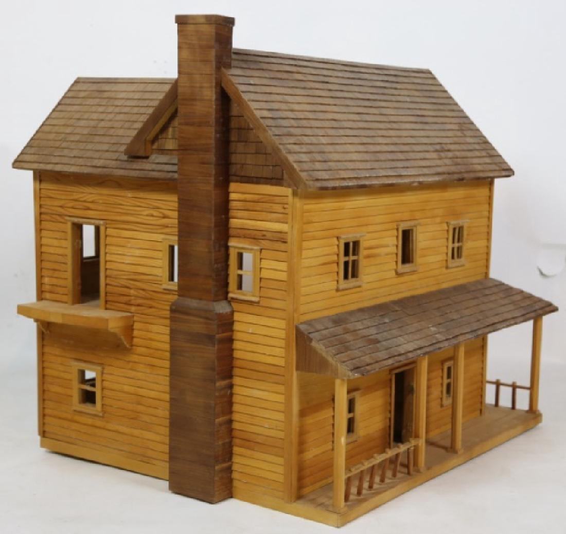 VERY FINE CUSTOM PLAY / DOLL HOUSE - 4