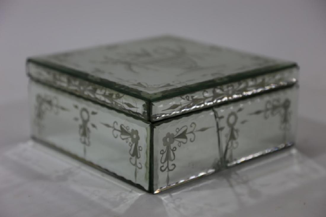 MIRRORED ANTIQUE BOX