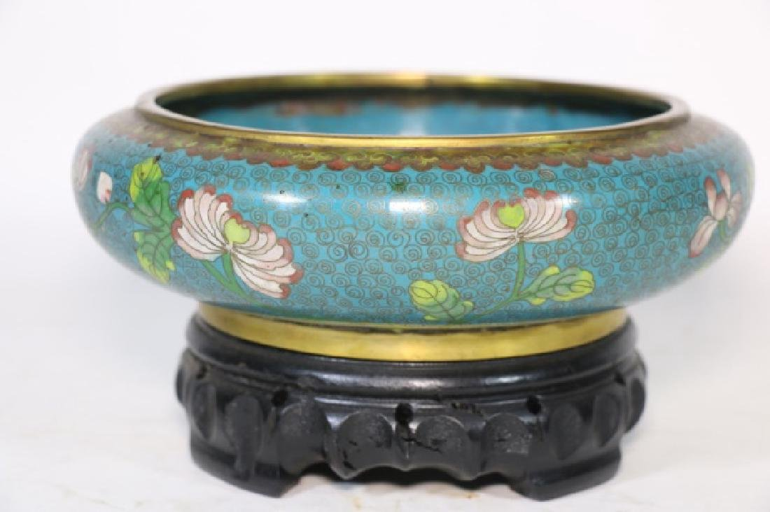 CHINESE ANTIQUE CLOISONNE LOW BOWL ON STAND