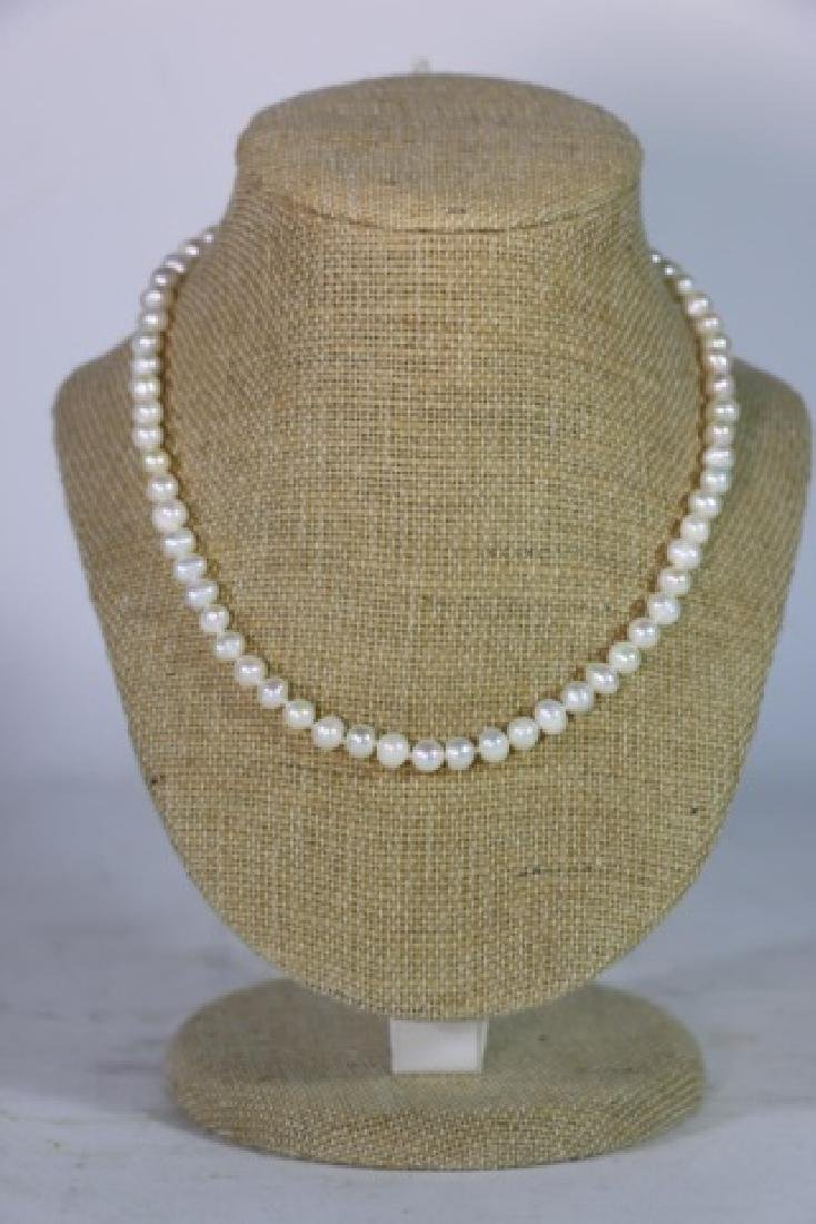 """18"""" FINE STRAND OF HAND  KNOTTED CULTURED PEARLS - 3"""