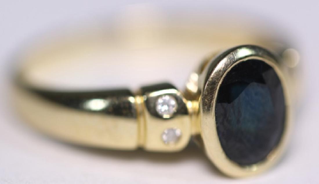 14KYG SAPPHIRE & DIAMOND LADIES MODERN RING
