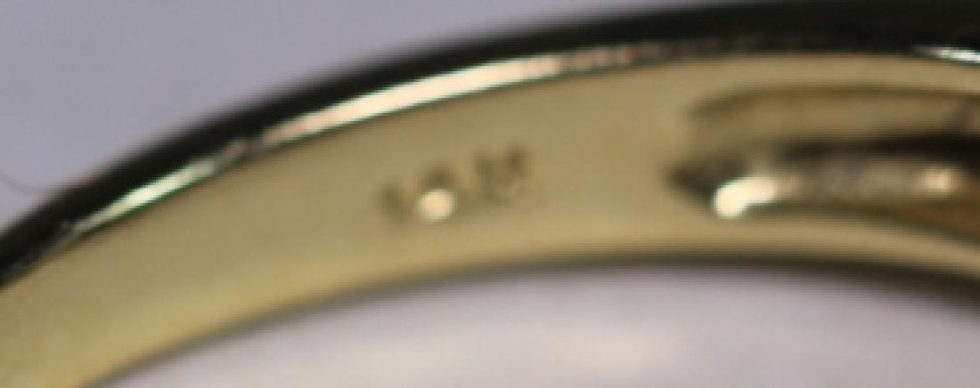 14KYG SAPPHIRE & DIAMOND LADIES MODERN RING - 7