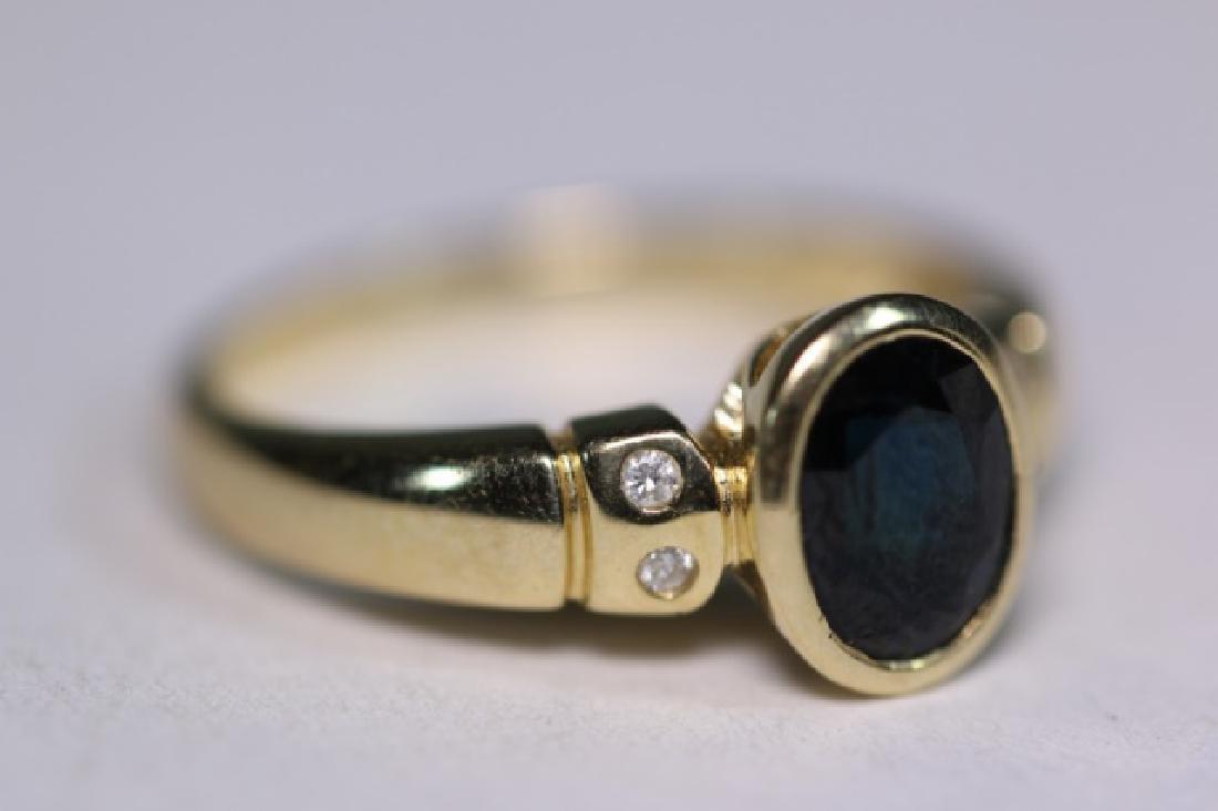 14KYG SAPPHIRE & DIAMOND LADIES MODERN RING - 8