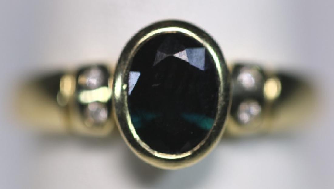 14KYG SAPPHIRE & DIAMOND LADIES MODERN RING - 9