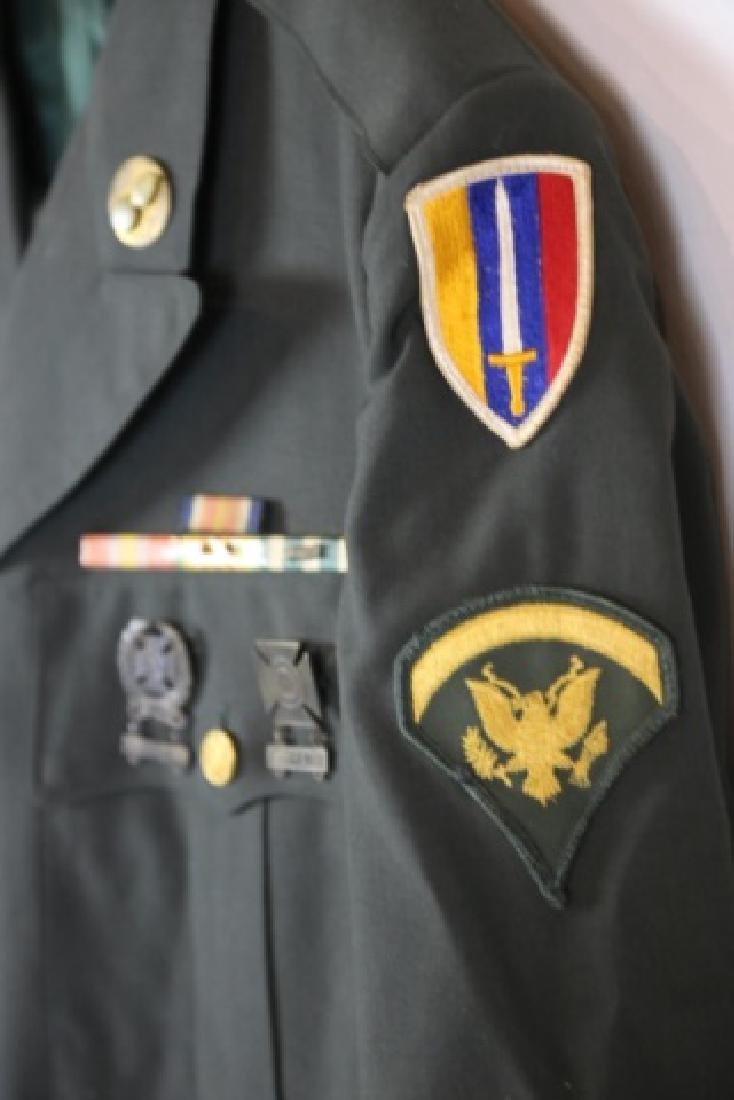 UNITED STATES ARMY UNIFORM - 4