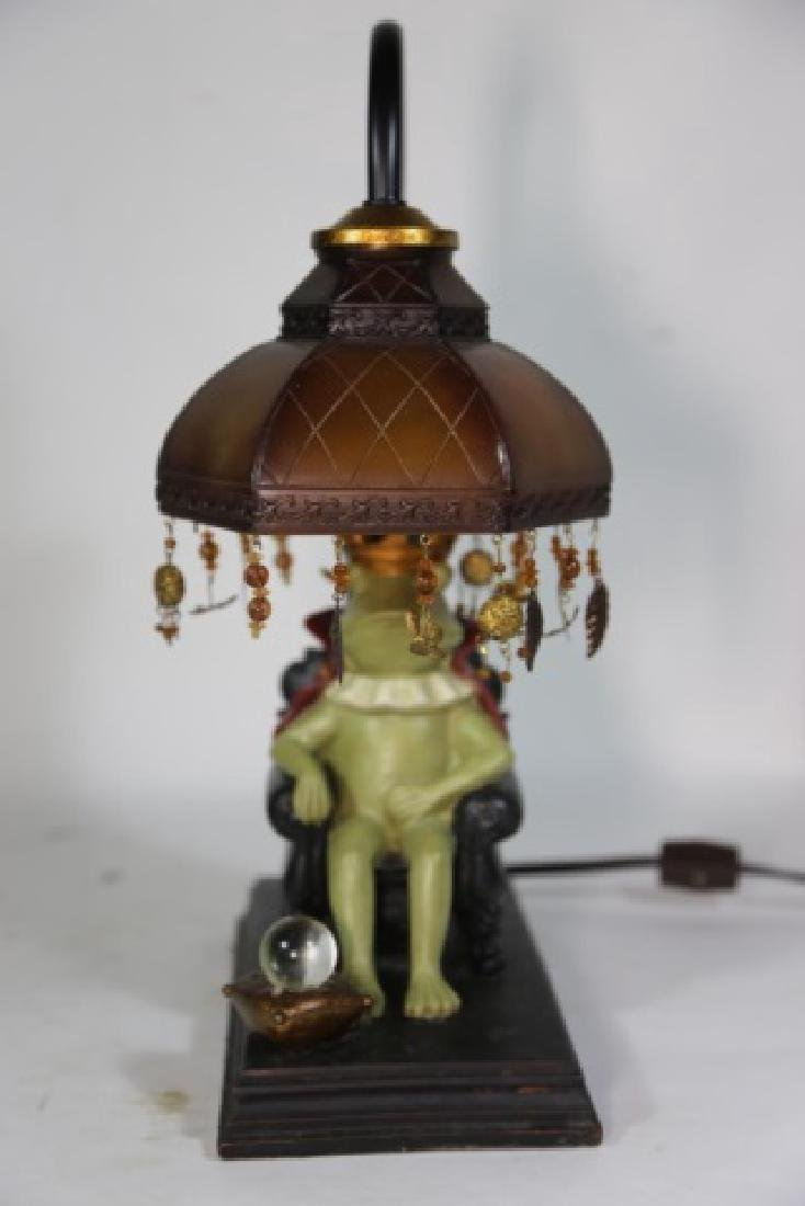 FINE DECORATIVE FROG KING LAMP - 5