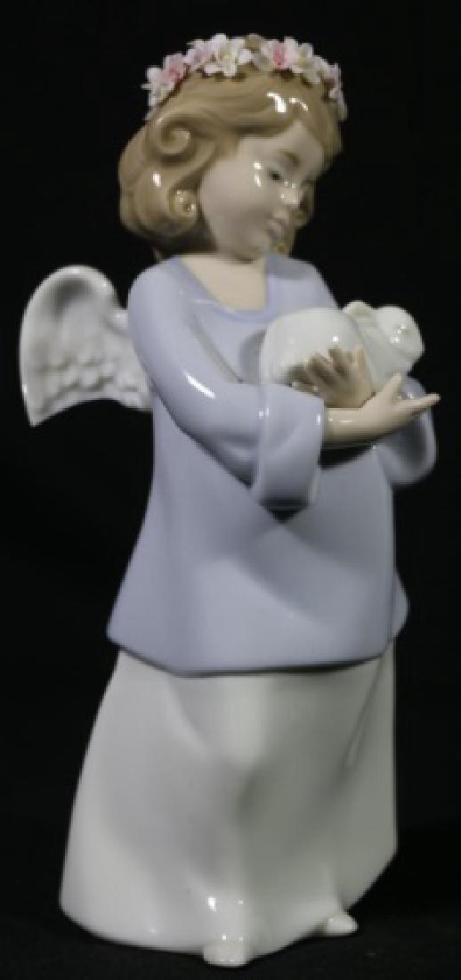LLADRO  ANGEL PORCELAIN SCULPTURE - 3