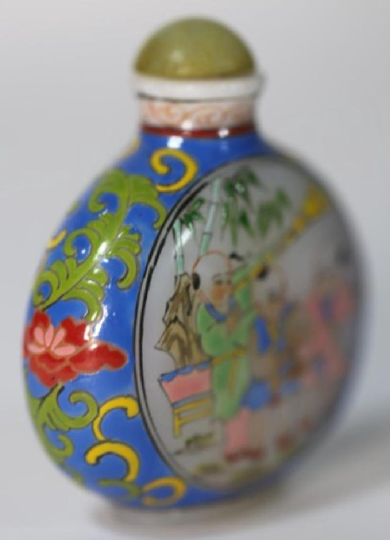 CHINESE PEKING GLASS  PAINT DECORATED SNUFF BOTTLE - 3