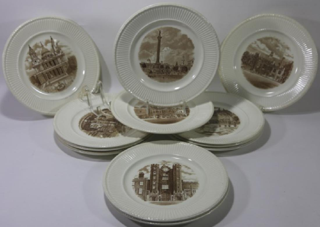 WEDGWOOD CABINET PLATE GROUPING
