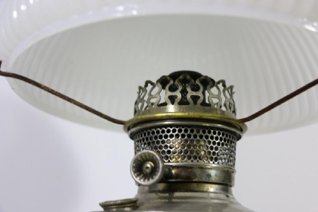 ANTIQUE BRASS OIL LAMP RAY BRADLEY HUBBARD 1905 - 3